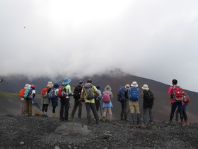 【頂上を目指さない富士山ツアー2018】宝永火口~水ヶ塚ロングトレッキング